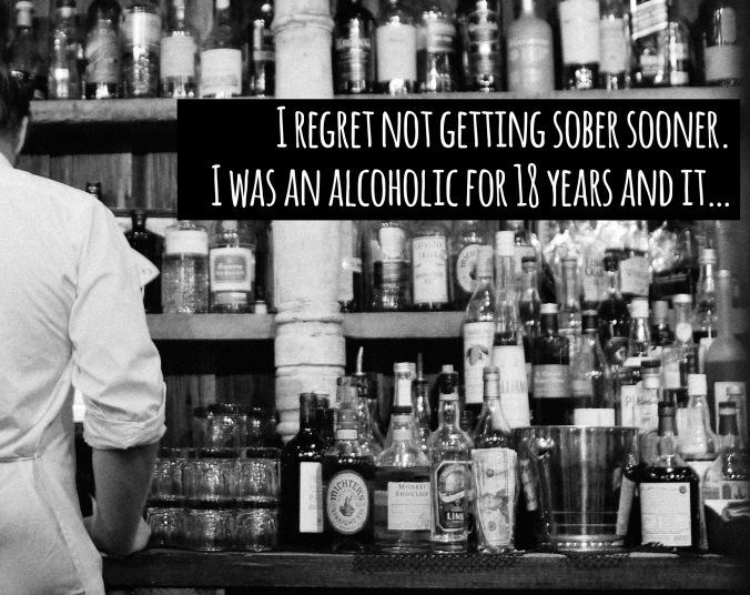2014_09_life-of-pix-free-stock-photos-New-York-books-bar-Bottles-barman-Waiter